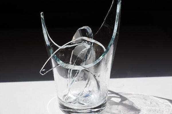 Народные приметы о разбитом стакане