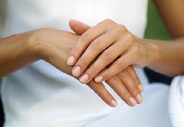 В этот день правая рука чешется к неожиданному подарку или возможности реализовать цель