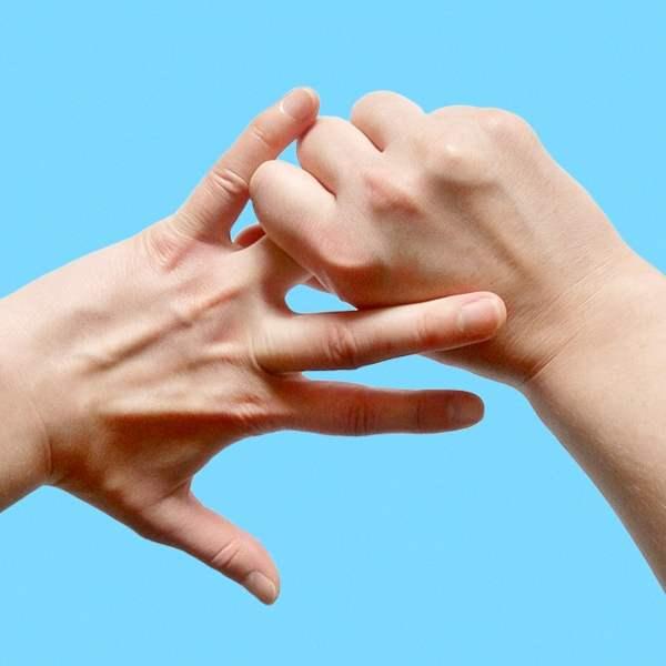 Почему чешется безымянный палец на левой руке