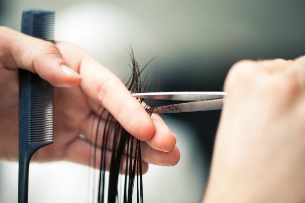В какие дни нельзя стричь волосы