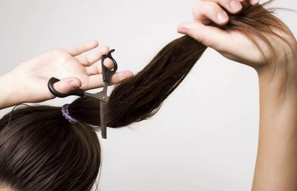 можно ли стричь себе волосы на голове
