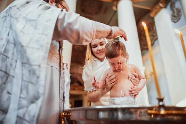 можно ли крестить ребенка беременной крестной