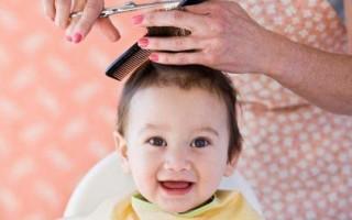 Можно ли маме стричь волосы сыну или дочке – точка зрения примет