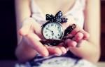 Можно ли дарить часы: значение приметы