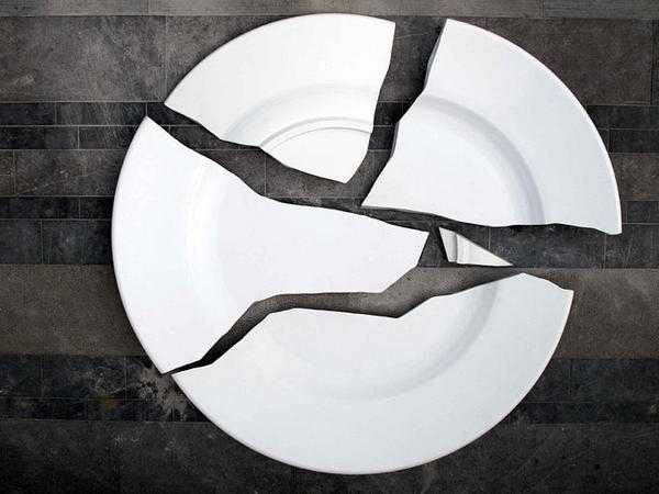 разбилась тарелка