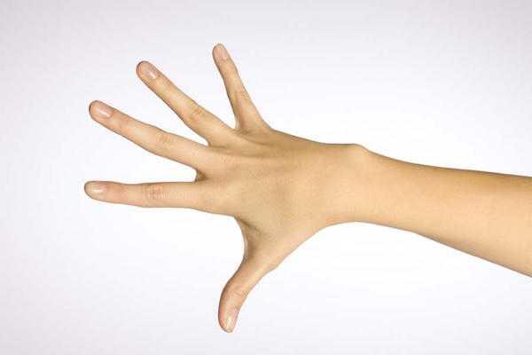 Если женщина порезала палец приметы помогут ей узнать будущее