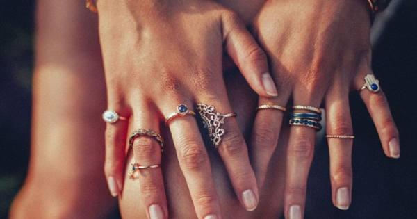 кольца на руках