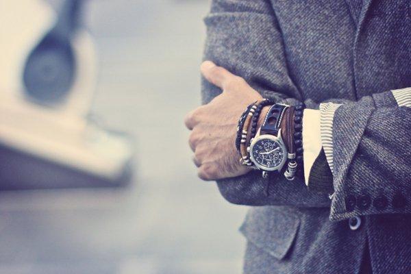 к чему дарят часы