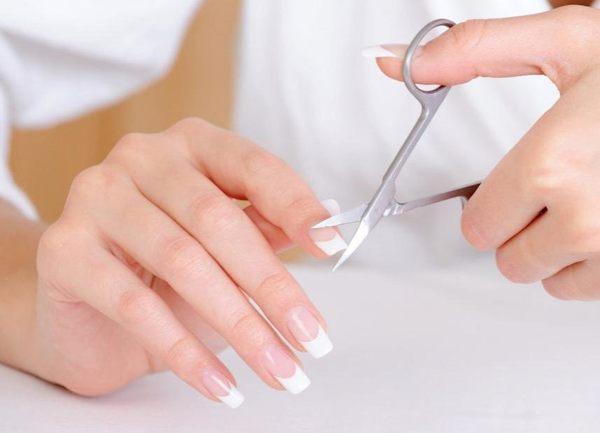 Приметы про стрижку ногтей по дням недели