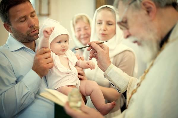 кому нельзя быть крестными родителями