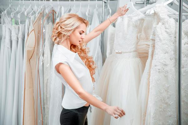 к чему снится выбирать свадебное платье