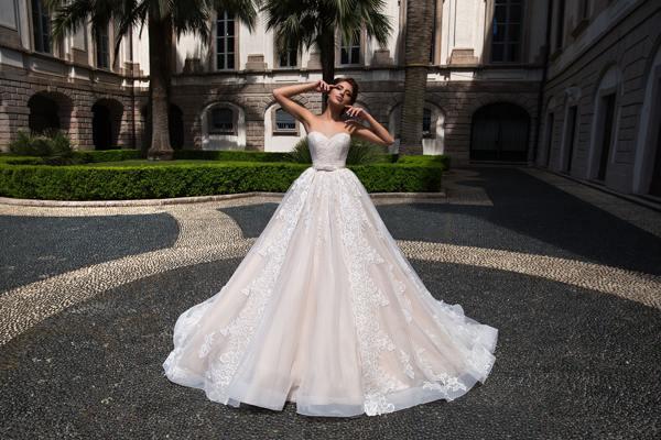 1244781f234 К чему снится свадебное платье  белое