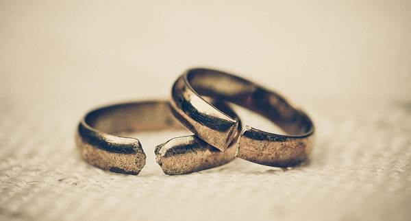 к чему снится сломанное обручальное кольцо замужней женщине