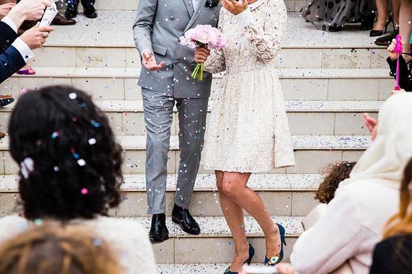 к чему снится свадьба чужая замужней женщине