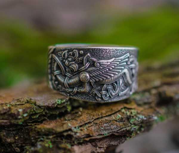 славянское кольцо грифон
